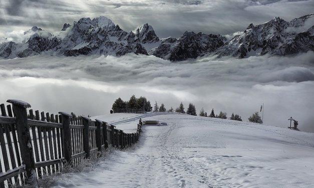 Dust of Snow